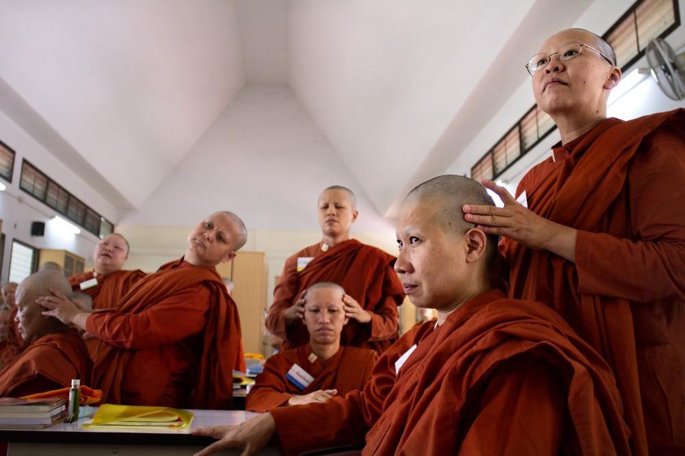 обучение тибетскому гормональному массажу