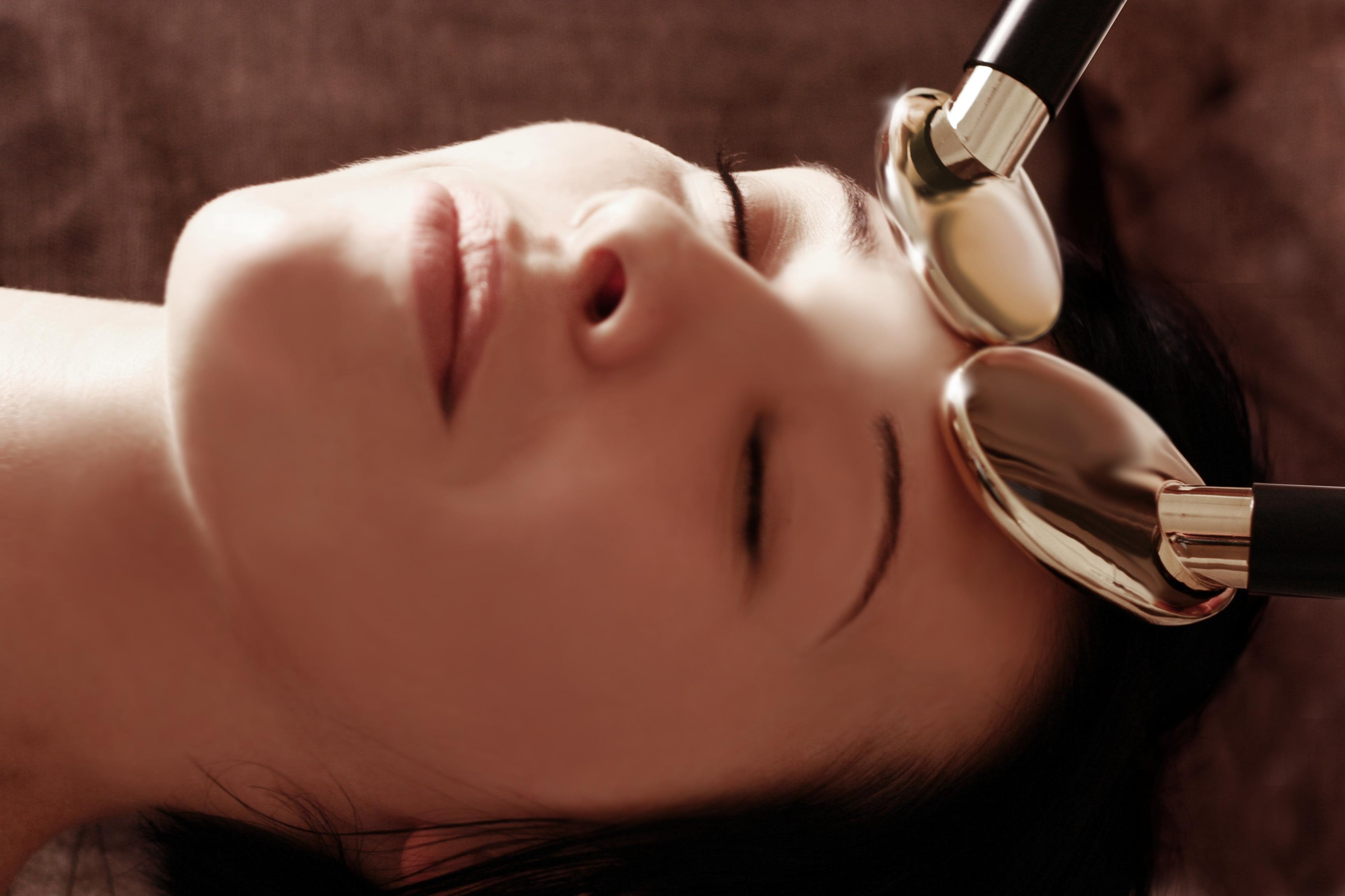 golden spoon massage face